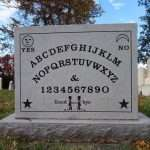 10 hilarious tombstones that will make you laugh more than you should